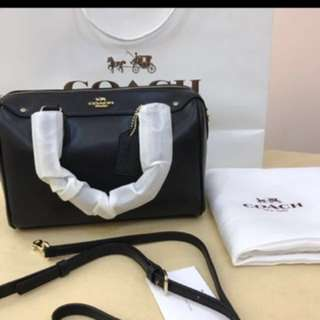 (Ready Stock promotion) Coach Totes bag Swagger sling bag Handbag