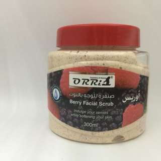 Natural Berry Scrub