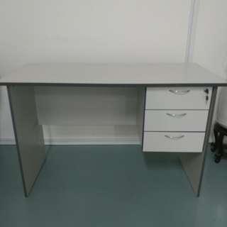 Office desk for sales