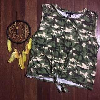 Forever21 Camouflage Sleeveless