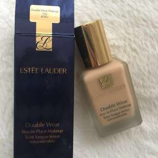 Estee Lauder Double Wear - 1N2 (Ecru)