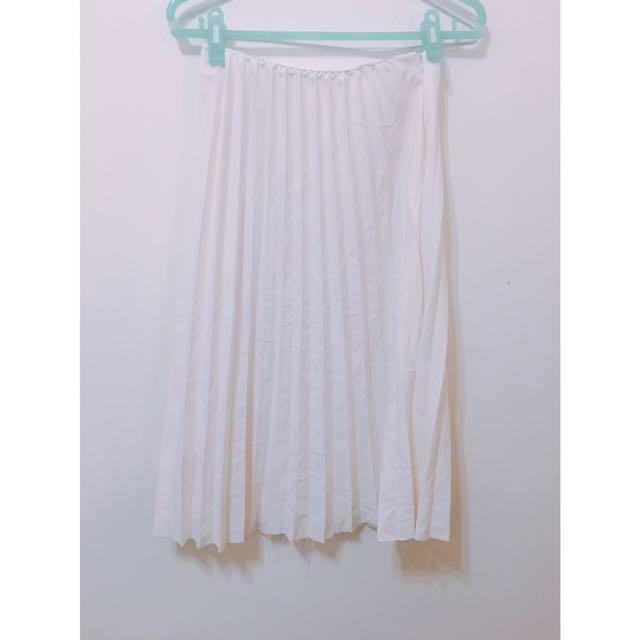摺痕氣質白長裙