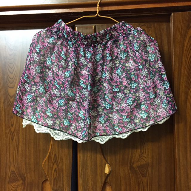 內搭蕾絲裙