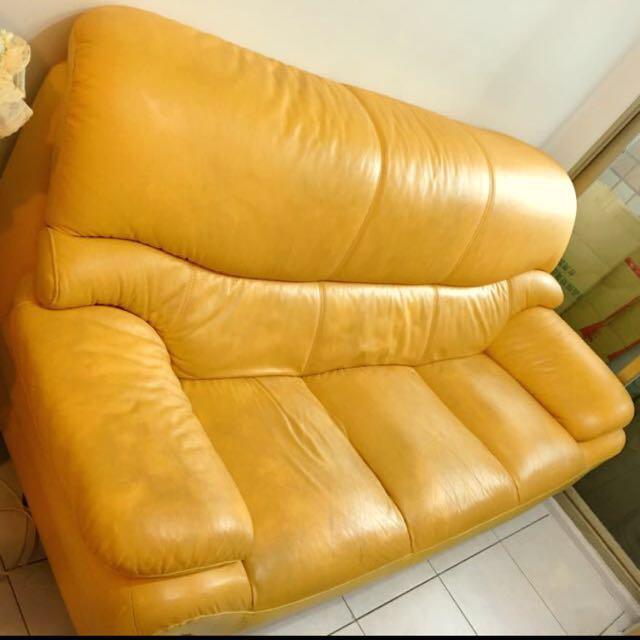 搬家隨便賣‼️小牛皮/真皮 高級訂製三人座沙發