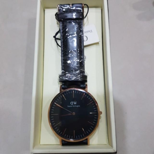 全新 DW Daniel Wellington 手錶
