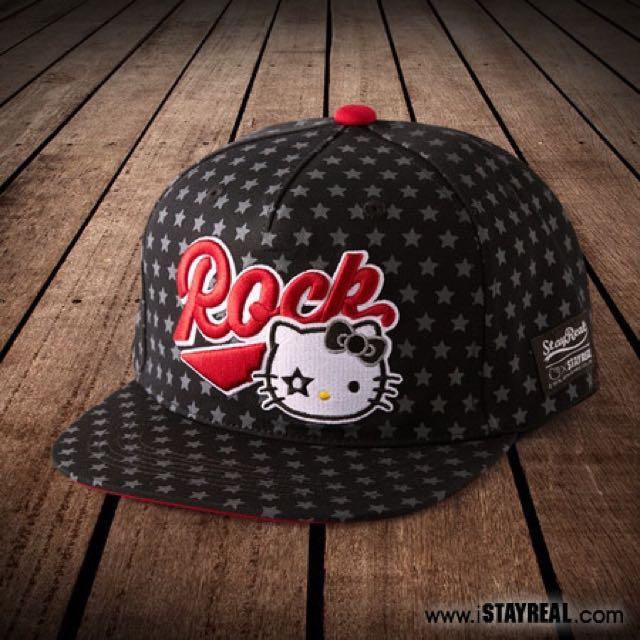 全新 STAYREAL x HELLO KITTY 幸運星樂團 幸運星 棒球帽