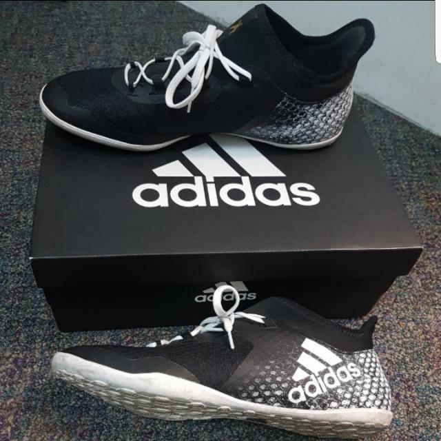 f0fe441c7e91 Adidas X 16.2 Court. US 11