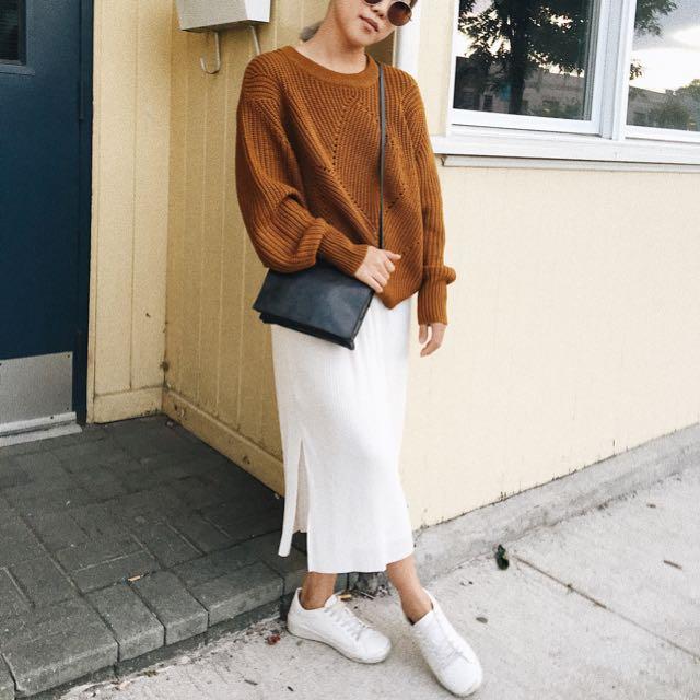Aritzia Wilfred Serment Sweater