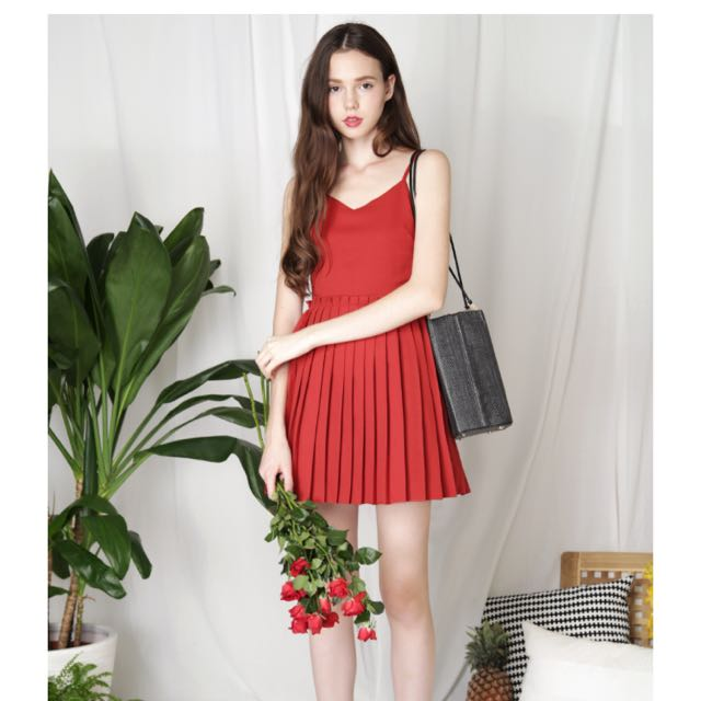 AWD Enigma pleated bottom dress in scarlet S
