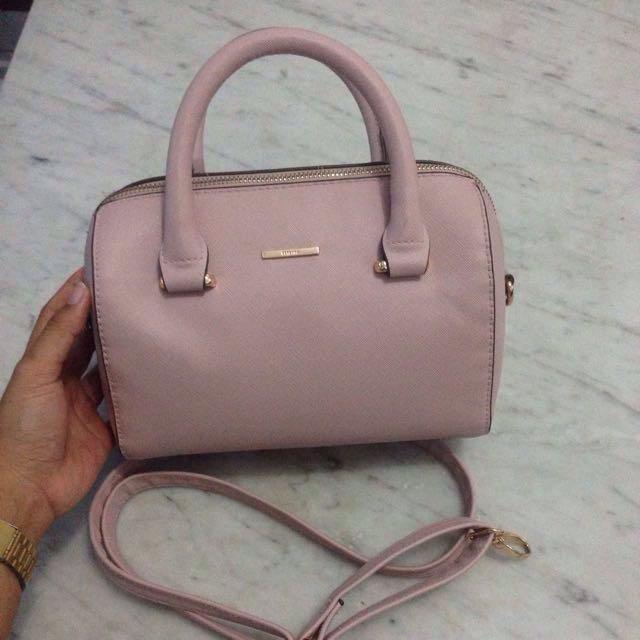 Bershka sling bag