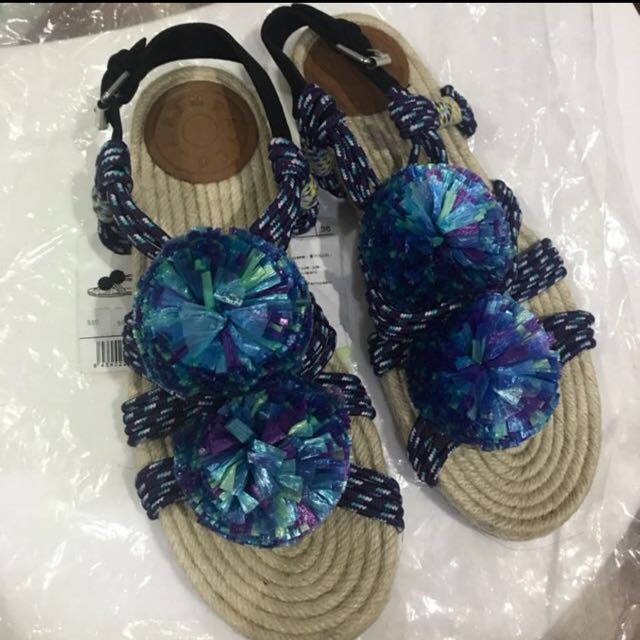 Bimba Y Lola Pom pom sandals
