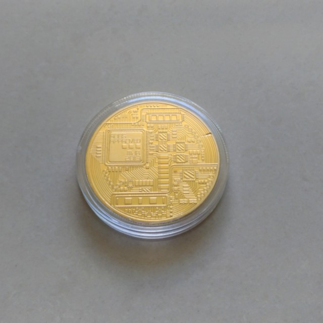 Bitcoin Cryptocurrency Collectable Gold Plated Coin x 1 BTC Free Postage