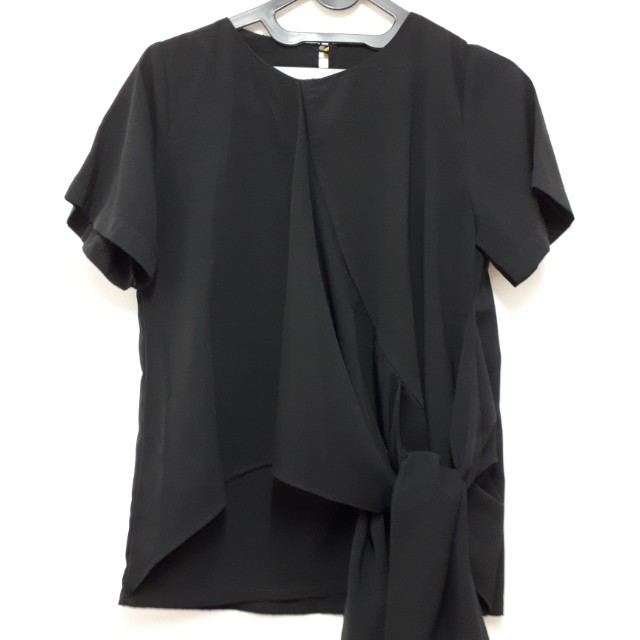 Black ribbon shirt