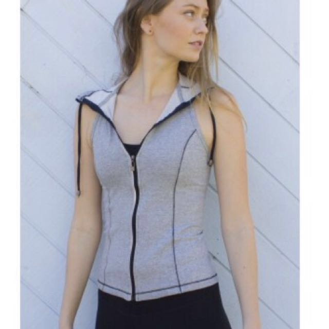 Blockout size S hooded vest with hoodie