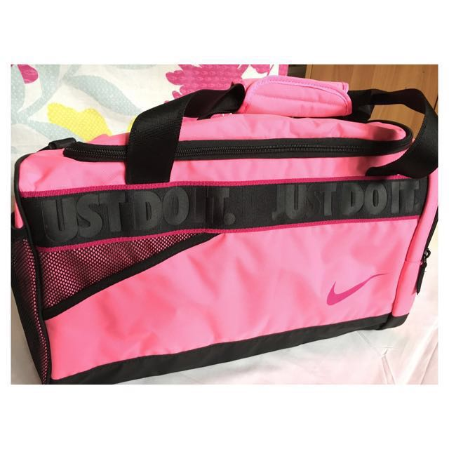 f9a9248baf28df Brand New Authentic Imported Nike Sports Bag, Women's Fashion, Bags ...