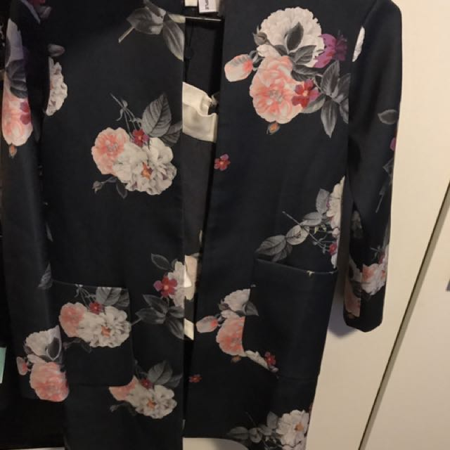 Cameo Floral Jacket