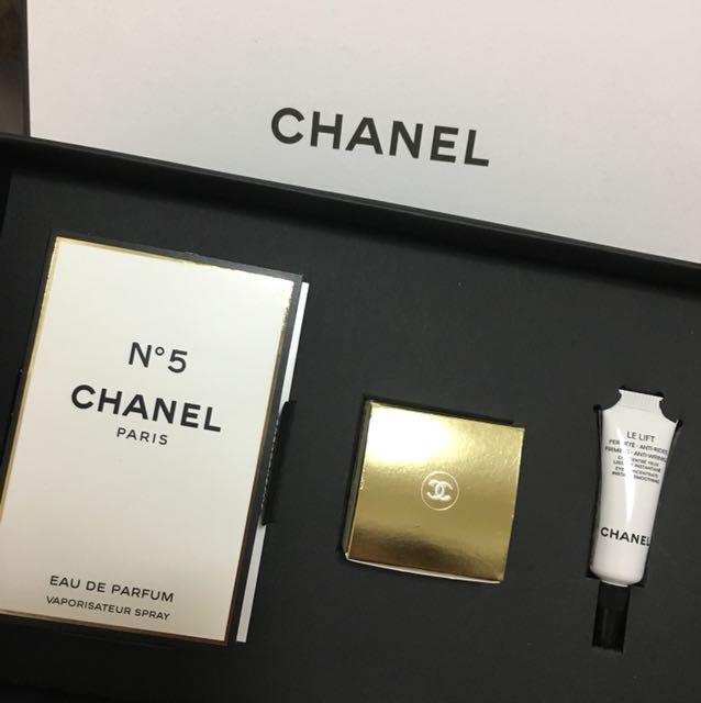 Chanel 香水、乳液、眼部精華禮盒組
