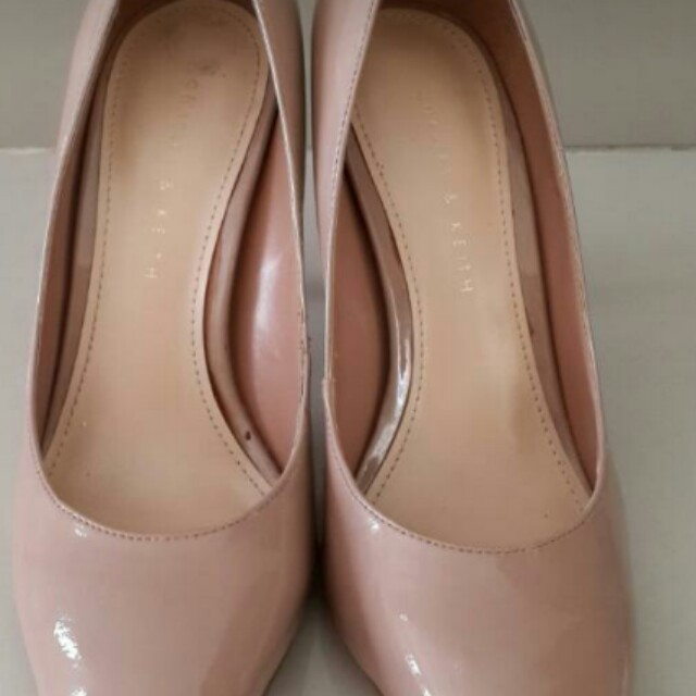 Charles and keith nude size 36