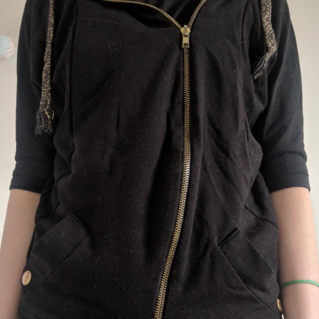 Chic hoodie sz 6-8
