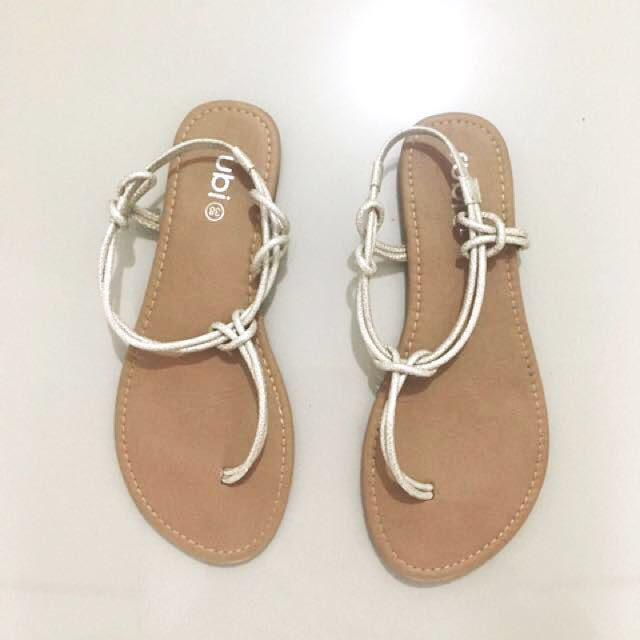 Cotton On Sandals / Strappy Flats