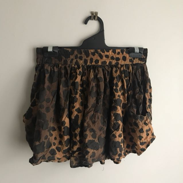Cute Leopard Flowy Shorts