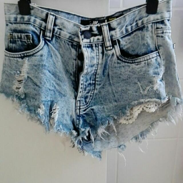 Denim Shorts /With Lace Deco