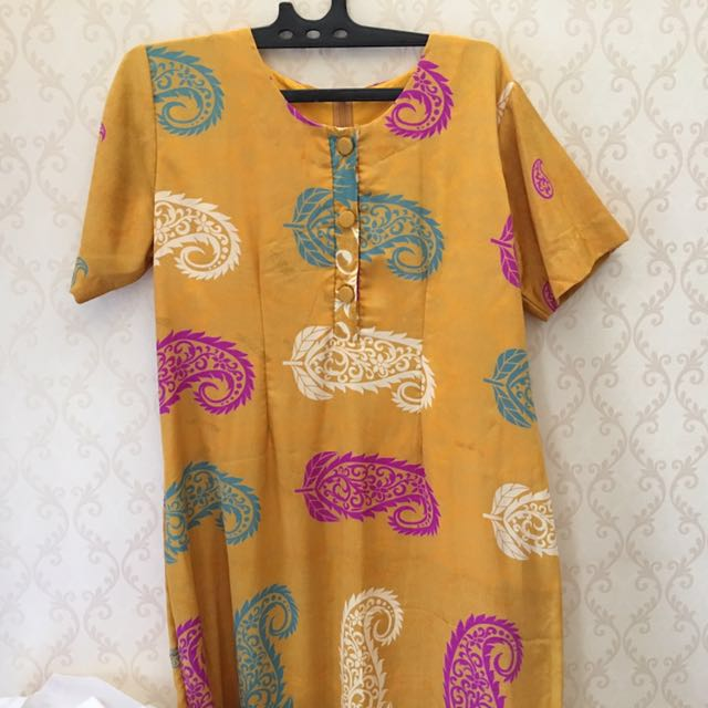 Dress Sutera India