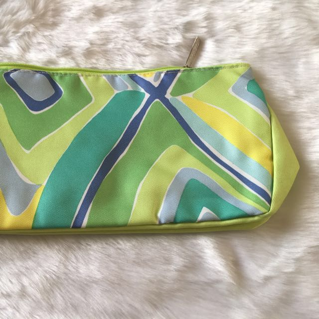 EJ MOM19: NEW  AUTHENTIC  CLINIQUE  COSMETIC CASE- Geometric Lime Green
