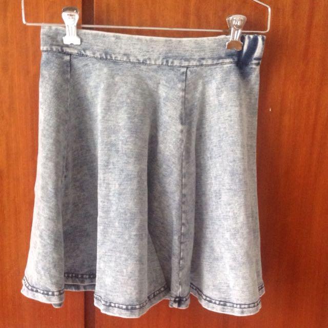 Elastic waist short skirt
