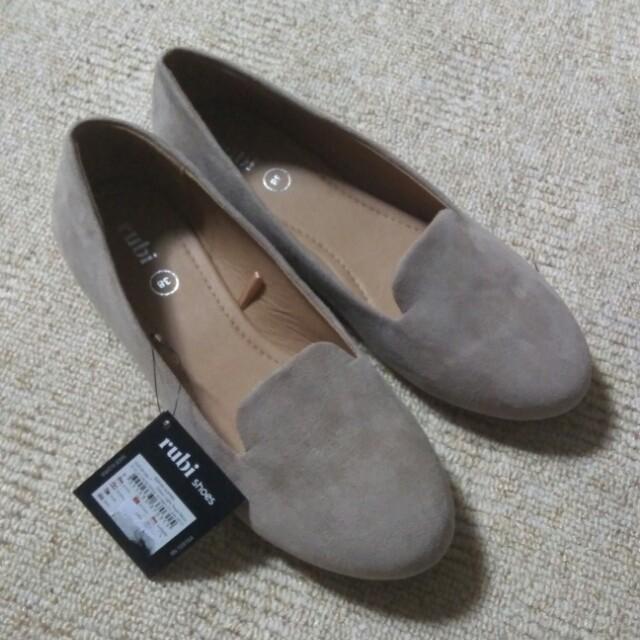Flatshoes rubi size 38