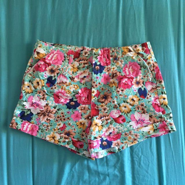 Floral short pant