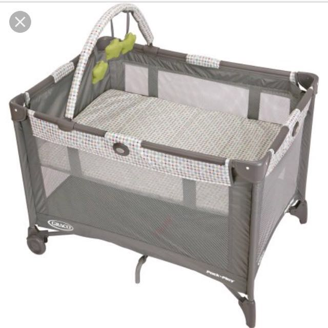 Graco Pack N Pay Newborn Napper Elite