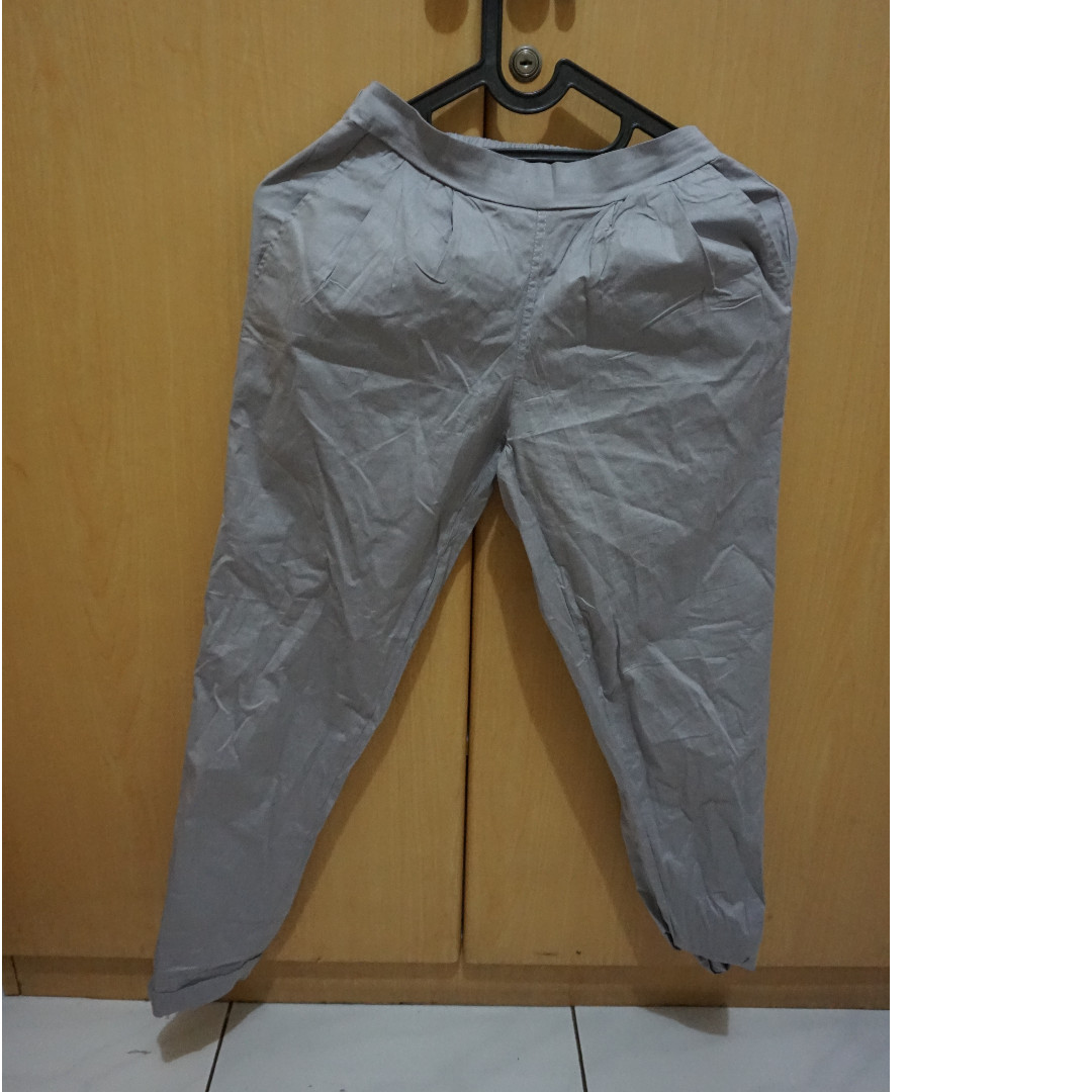 GREY LOOSE PANTS