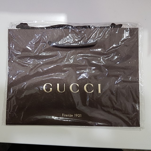 c3df0edd1 Gucci paper bag (New), Luxury, Accessories on Carousell