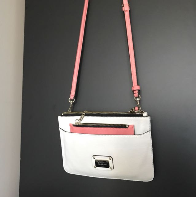 Guess white small bag