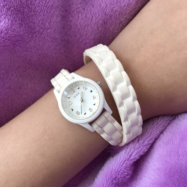 Guess White Wrap-Off Rubber Watch