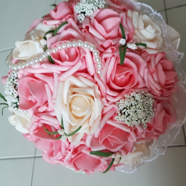 Hand Flower Bouquet For Rent