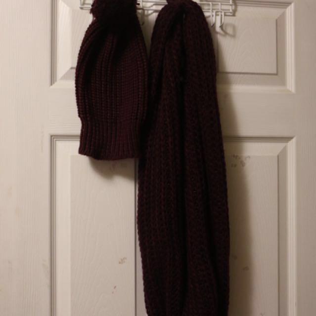 Hat and Circle Scarf