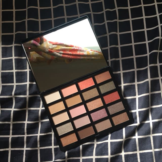 H&M Beauty Eye Palette