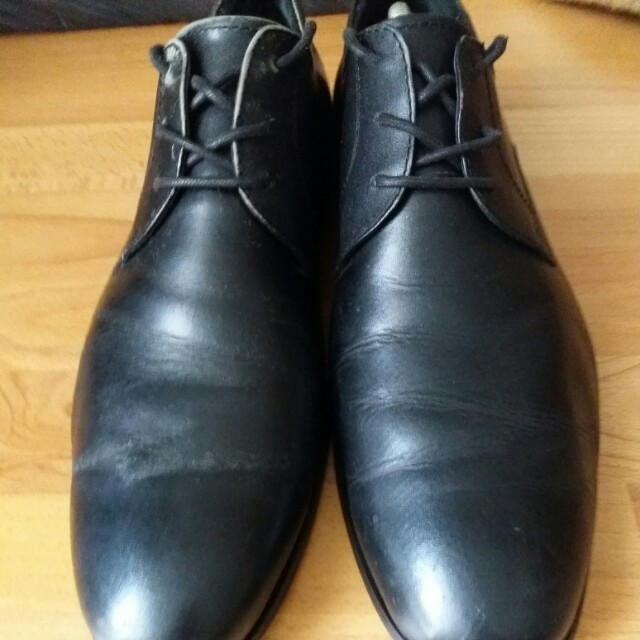 Hush Puppies Black Leather Shoe