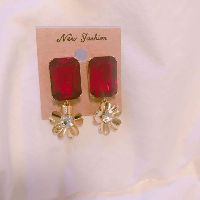 Korea red flower earring