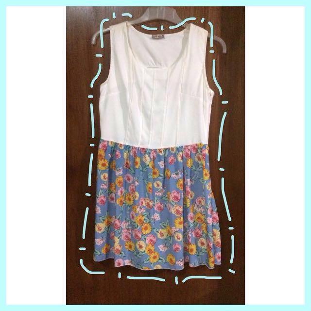 Kyra White - Blue Floral Dress
