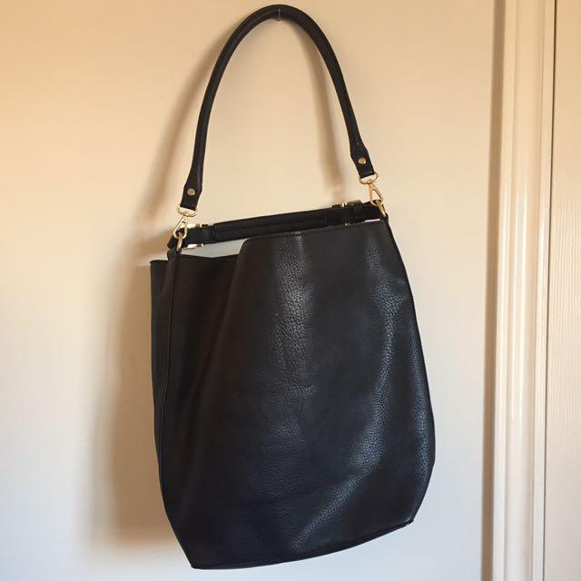 MANGO BLACK LEATHER BUCKET BAG