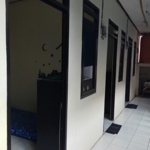 Menerima kost kostan untuk pria/wanita perbulannya 800.000,- daerah Mampang Prapatan Jakarta Selatan