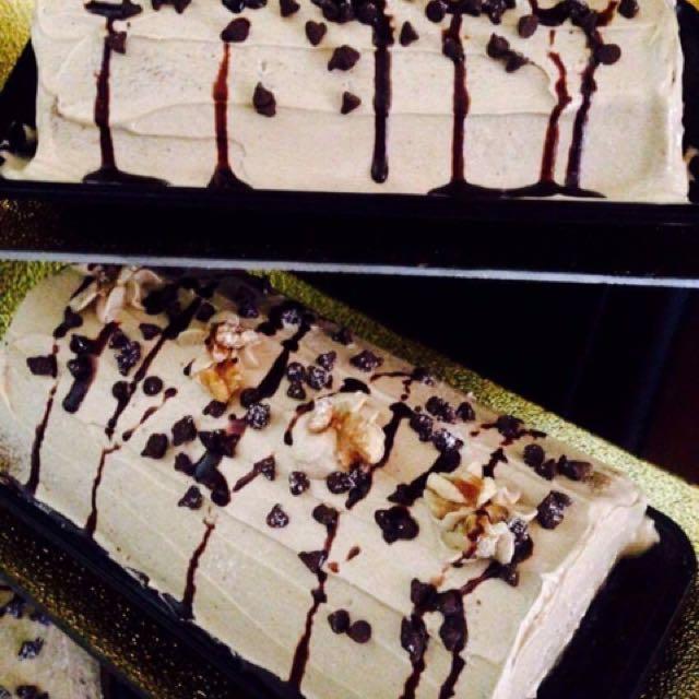 Mocha Wallnut Cake Roll
