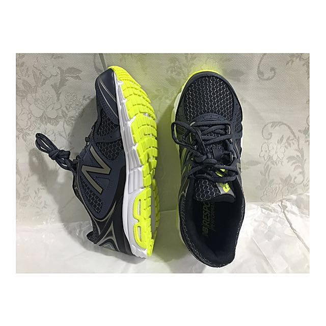 SAF e mart item/跑步鞋