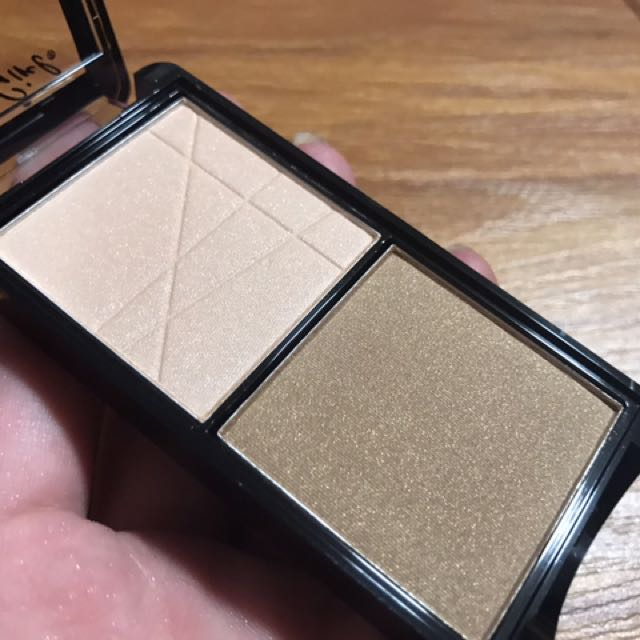 New 💕contour and highlighter