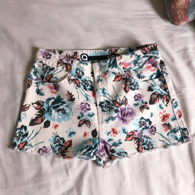 NEW Denim shorts size 14!