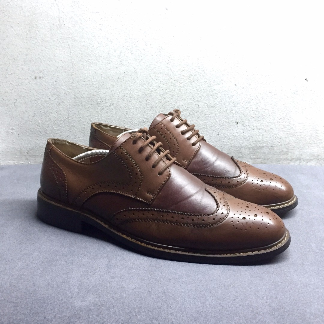 Perry Ellis Longwings Leather shoes Cole Haan Florsheim Bass Weejuns Massimo Dutti Aldo Base London