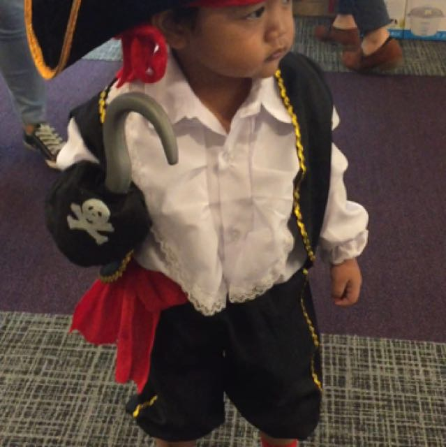 Pirate Costume Set